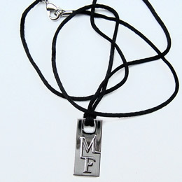 Pendentif Mylene Farmer Point De Suture