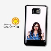Selena Gomez Glasses Thumbs Up Popstar Singer Coque Pour Samsung Galaxy S2 A784