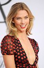 Karlie Kloss At Arrivals For 2015 Cfda Fashion Awards - Part 2 Photo Print (40,64 X 50,80 Cm)