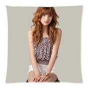 Coutume Bella Thorne Pillowcase Taie D'oreiller 18x18 ( One Side Design ) 547