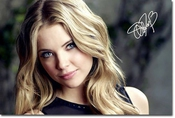 Ashley Benson Autographe Signé 21cm X 29.7cm Affiche De Photo