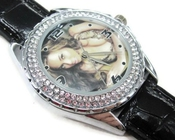 Montre-bracelet Montre Femmes Cadeau Noël Sus281 New Leather 118 Diamond Crystal Watch / Beyonce