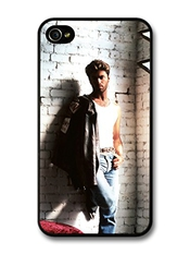 George Michael Posing On A Wall With Leather Jacket Portrait Coque Pour Iphone 4 4s