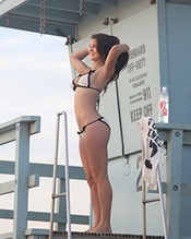 Amanda Cerny 8x10 Celebrity Photo #09