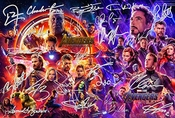 Poster Avengers Infinity War 12x8 Inches Signed Par 22 Rdj, Stan Lee, Chris Pratt, Tom Hiddleston, Chris Hemsworth, Chris Evans, Black Panther, Spiderman, Captain America, Iron Man